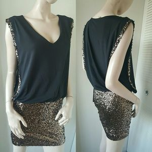 Bebe Dress Black V Neck Gold XS